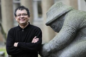Dr. Eduardo Jovel